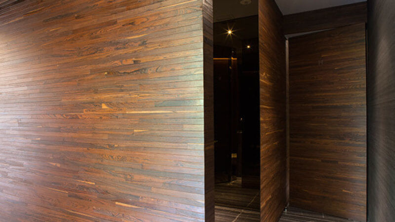 Wooden walls finished with a Rubio Monocoat hardwax oil.