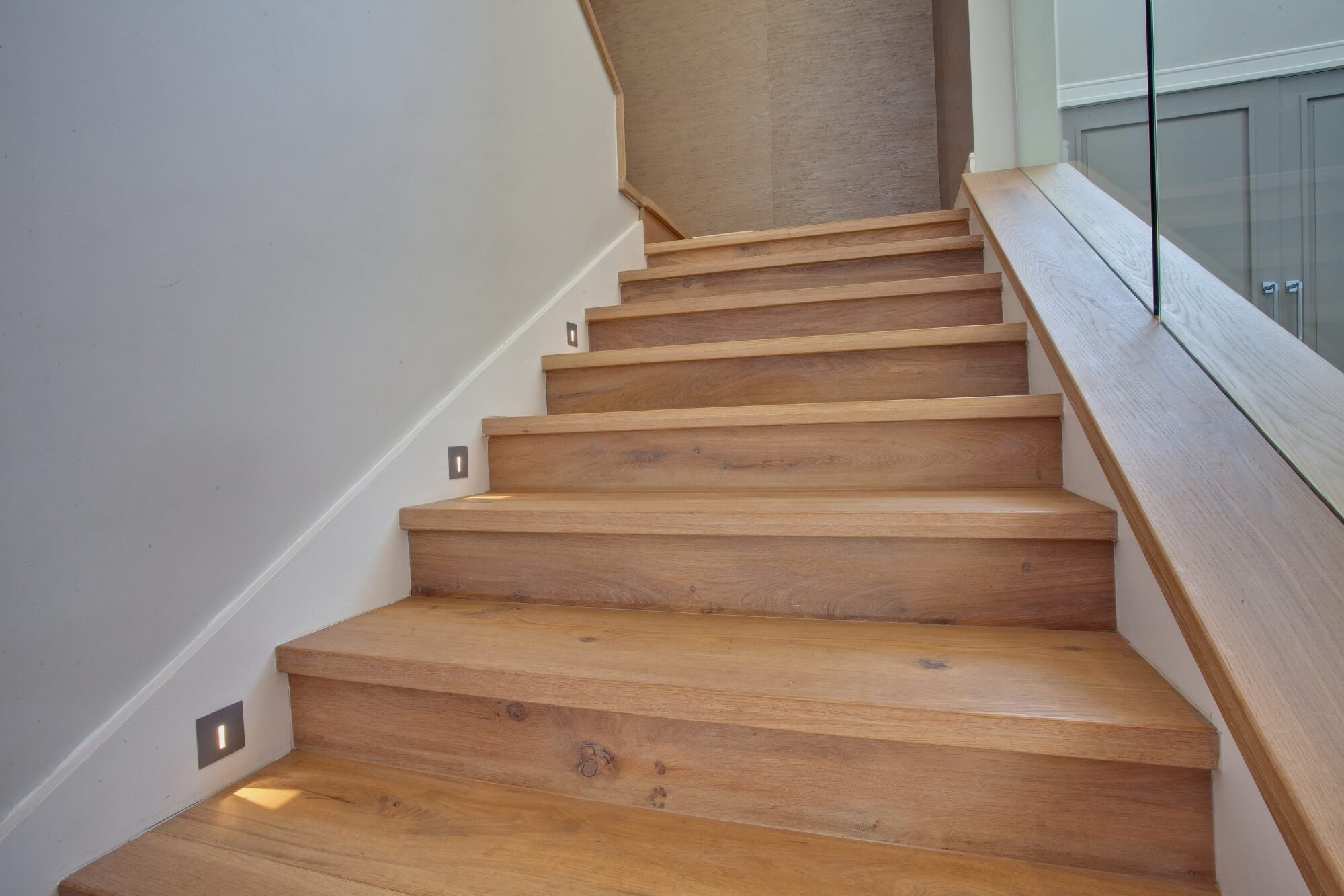 An oak staircase with hardwax oil wood finish.