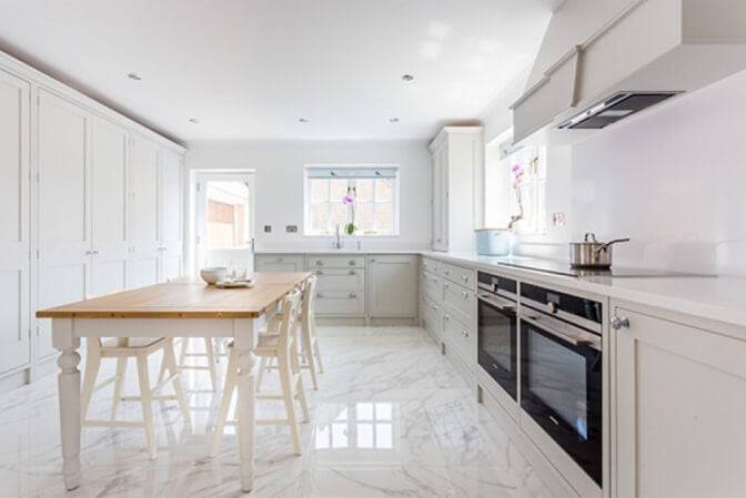 White shaker kitchen.