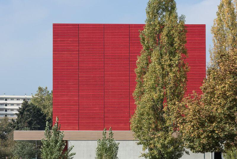 Poppy colored wood was finished with Rubio Monocoat Hybrid Wood Protector.