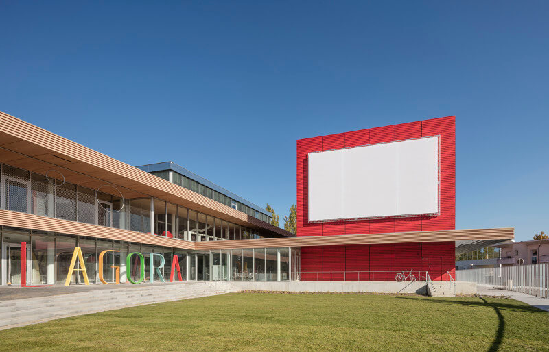 Unique library in France used Rubio Monocoat to finish exterior wood cladding on library.