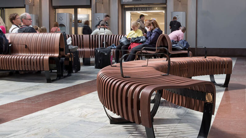 A wooden bench in the Stockholm Central Station that is finished with Rubio Monocoat.
