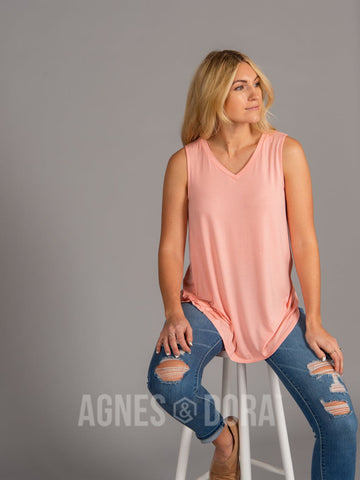 Essential Tank V-Neck Peach