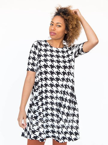 Agnes & Dora™ Swing Tunic Black & White Houndstooth