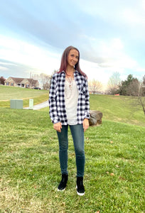 BLACK & WHITE PLAID FLEECE LINED FLANNEL SHIRT TOP
