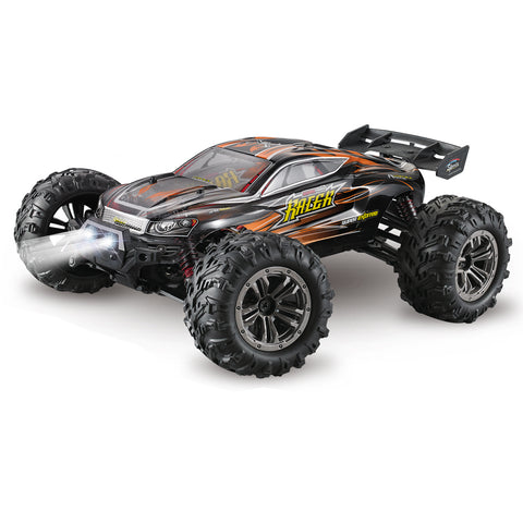 Xinlehong Q903 1/16 2.4G 4WD 52km/h High Speed Brushless RC Car Desert Truck Vehicle Models
