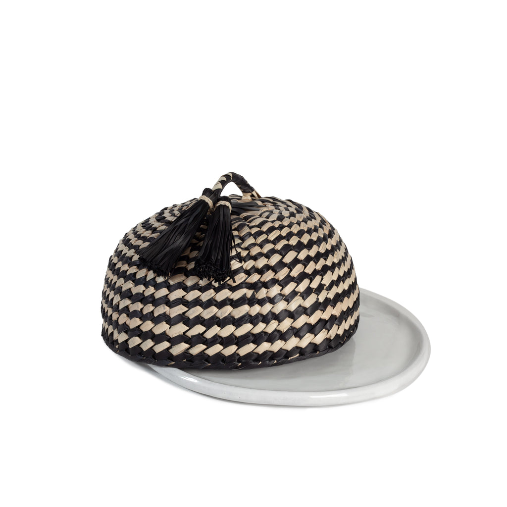 SERVING PLATE AND B&N COVER
