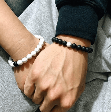 where-to-buy-distance-bracelet-who-wears-which-distance-bracelet-what-does-a-distance-bracelet-mean-how-to-tighten-a-distance-bracelet