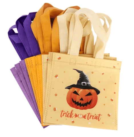 what-to-put-in-halloween-goodie-bags-Halloween-Treat-Bag-Ideas