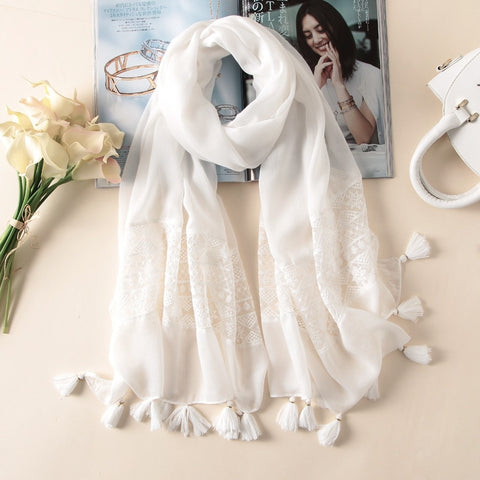 2020 New Fashion White Lace Floral Tassel Viscose Shawl Scarf Luxury Brand Laser Cut Wrap