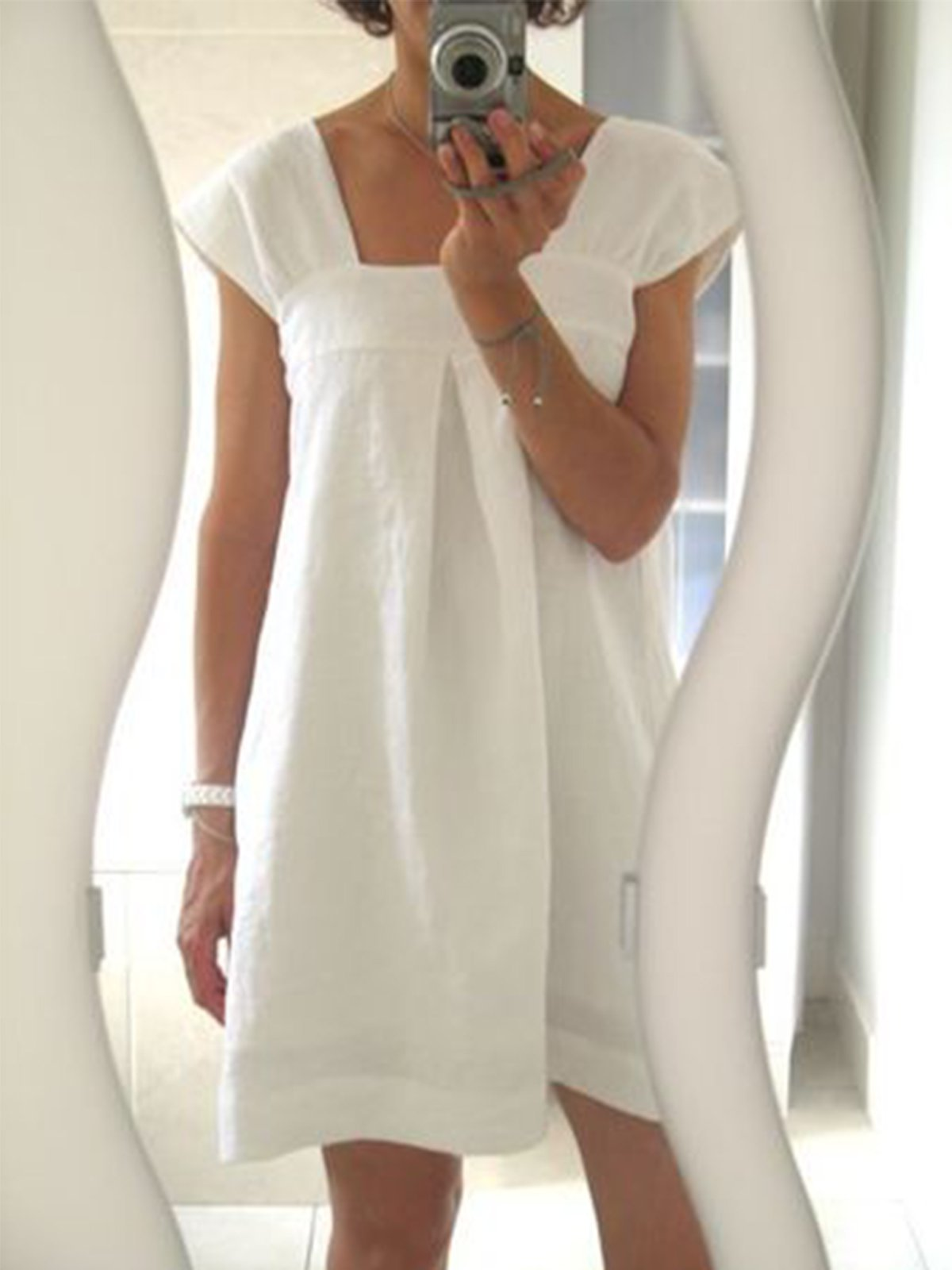 White Short Sleeve Shift Solid Dresses