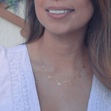 Load image into Gallery viewer, Layer up stars necklace