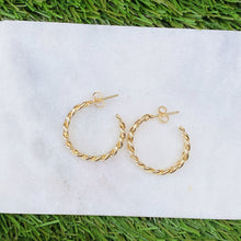 Load image into Gallery viewer, Lola Link Chain Hoop Earrings