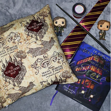Load image into Gallery viewer, Marauders Map Cushion Cover