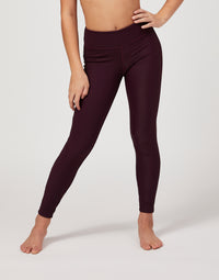 Child London Legging in Eggplant Rib - front detail view