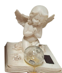 ANGEL PRAYING FIGURINE WITH SOLAR LIGHT