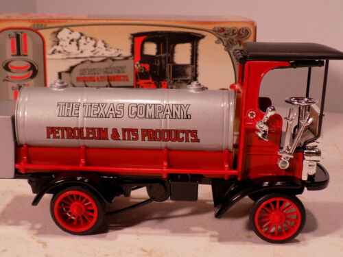 Texaco 1910 Mack Tanker (Piggy Bank)
