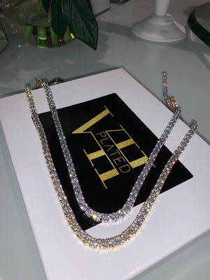 VII TENNIS NECKLACE
