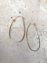 Load image into Gallery viewer, Oblong gold hoops