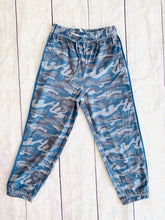 Load image into Gallery viewer, Camo Knit Joggers - jernijacks