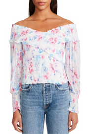 HOODIE FROM VEGAN CLOTHING BRAND RAGWEAR  https://shoptrixie.com/products/2111-30039-paya-dots-red  Another classic by Reagwear Vegan Sportswear. the paya hoodie is a lightweight hoodie with all the trim details we love. vegan leather accents, thick rope tie at the hoodie and of course...pockets.