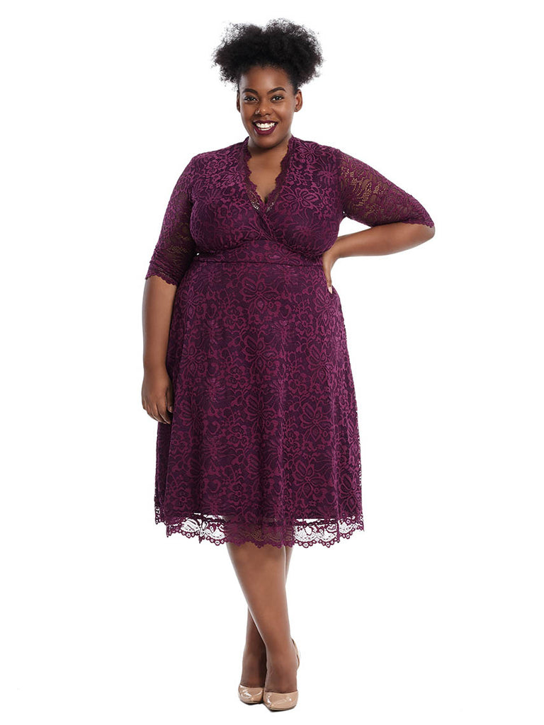 Mademoiselle Lace Dress In Berry