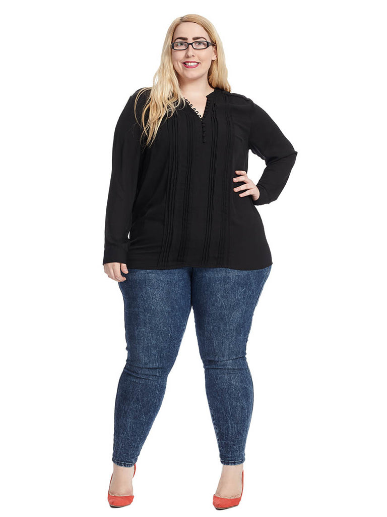 Long Sleeve Pullover Blouse In Black