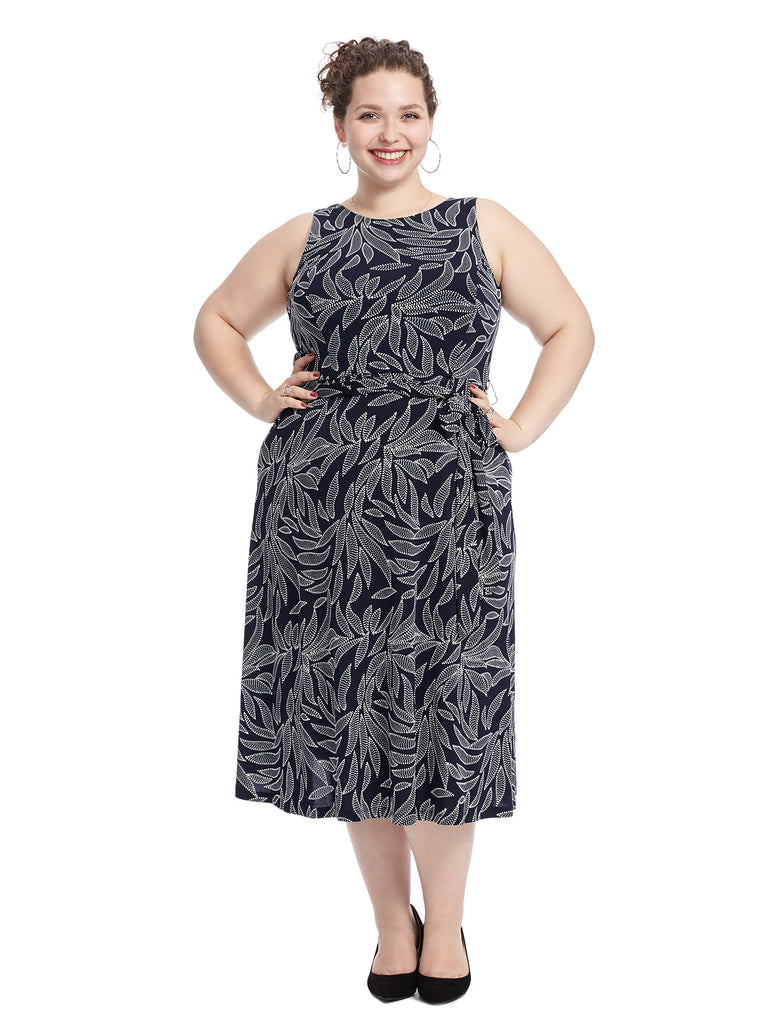Sleeveless Dress with Puff Print and Tie Waist