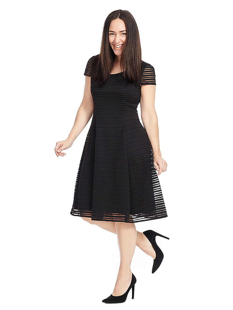 Short Sleeve Striped Fit And Flare Dress In Black