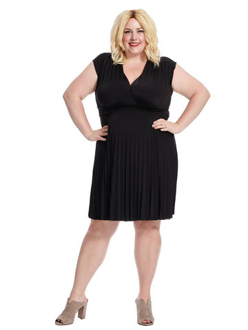 Coco Pleated Dress In Black