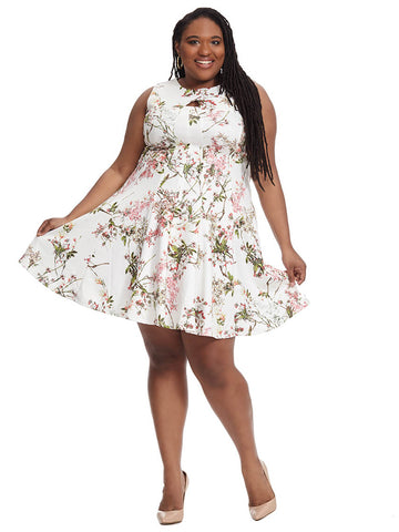 Floral Print Dress With Keyhole Detail