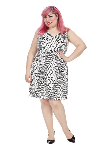 Zig-Zag Dress In Black & White
