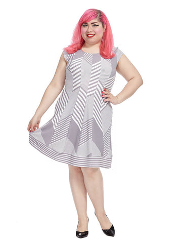 Contrasting Chevron Print Dress In Gray