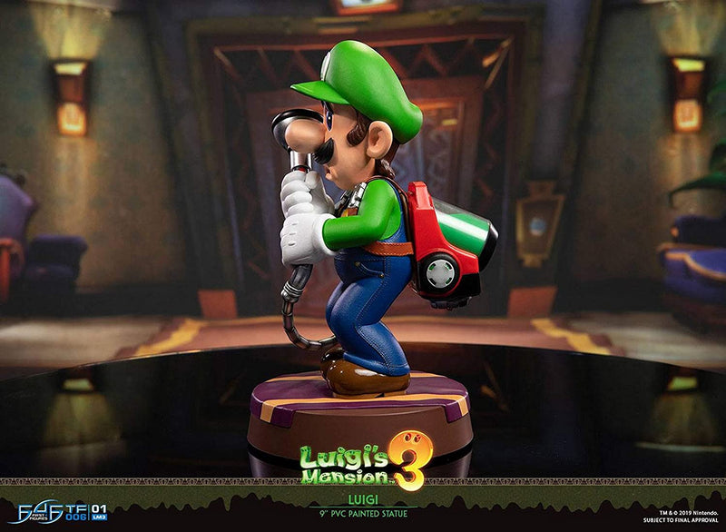 "LUIGI MANSION  3  9""PVC PAINTED STATUE"