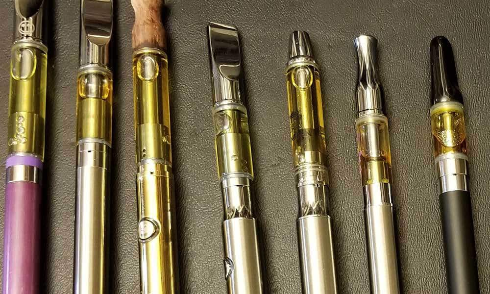 Flying-with-weed-and-also-THC vape-cartridges