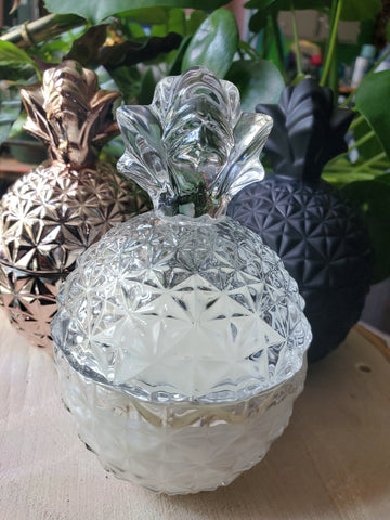 Clear pineapple shaped candle - peach scent