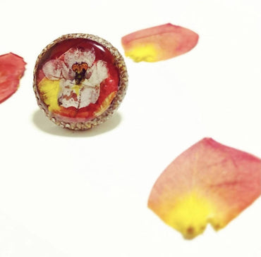 Rose Petal Wildflower Acorn Pin