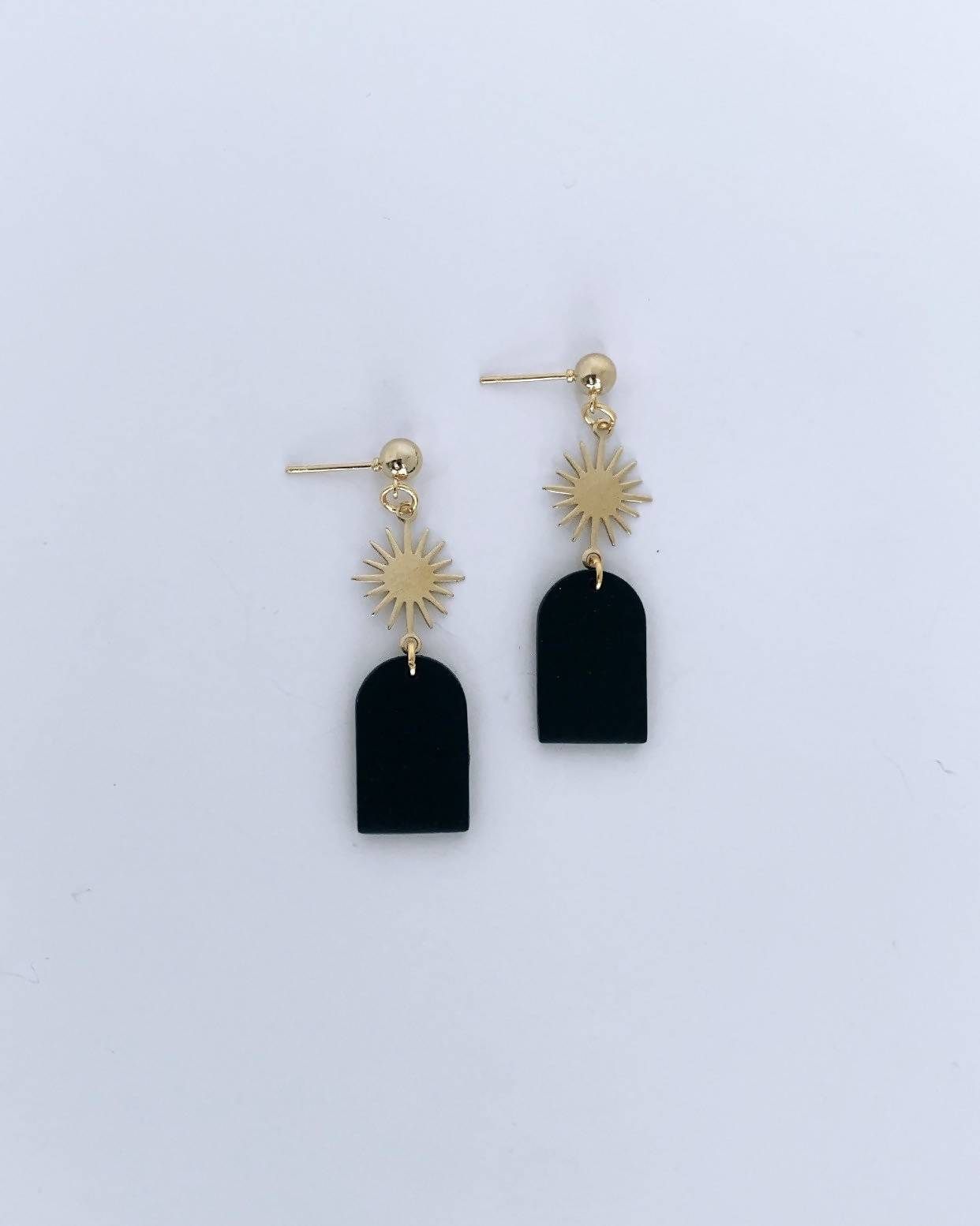 Black Arch w/ Gold Sun Earrings