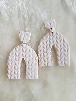 White knit sweater arch earrings
