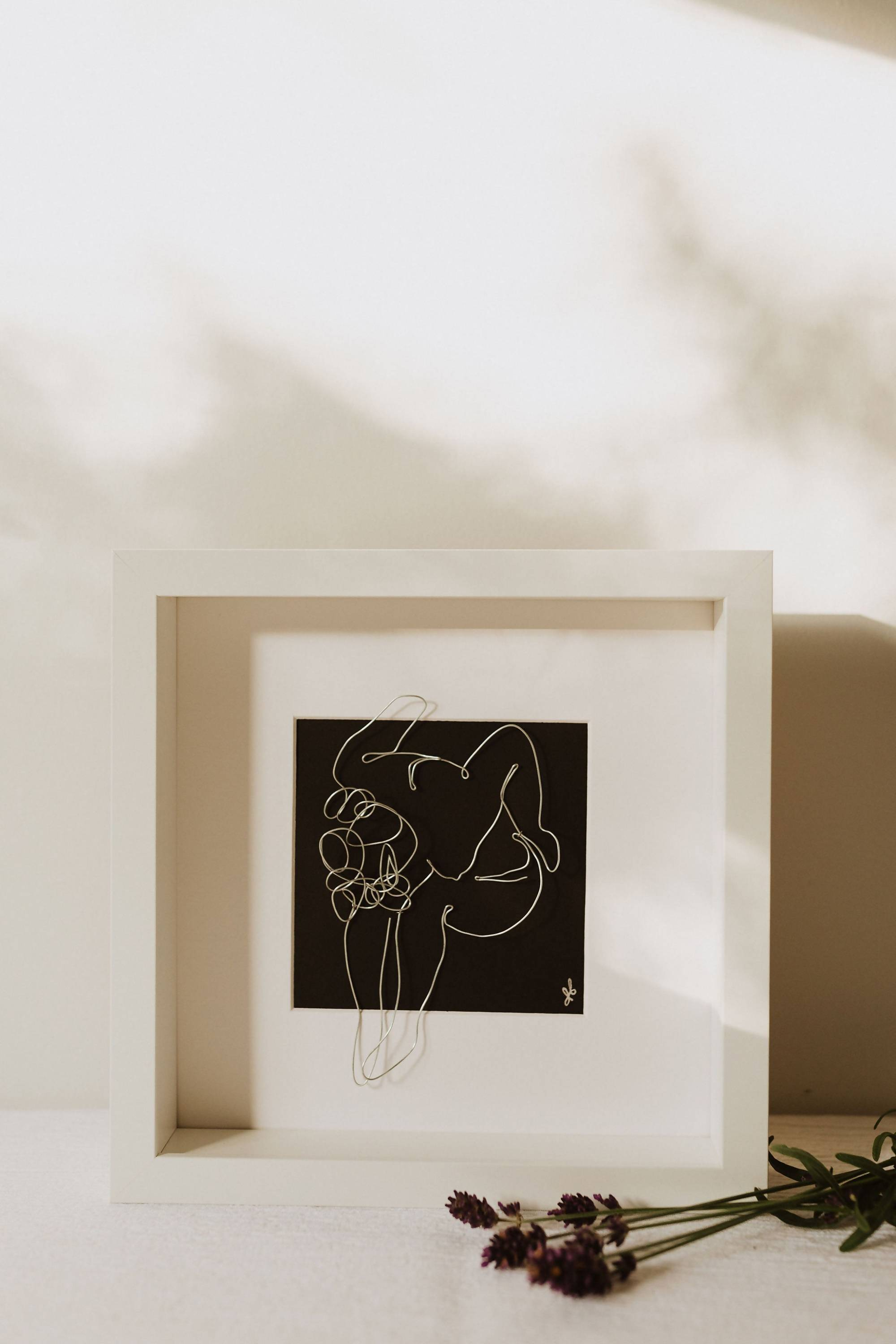 nude continuous line - Wire Art