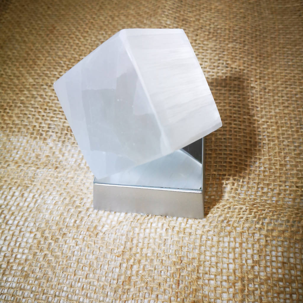 Selenite Cube + Light Base