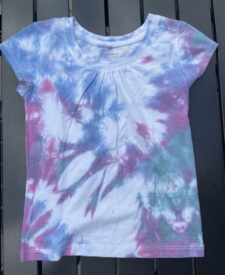 Tie Dye T-Shirt with Unicorn Decal on Back
