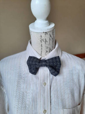 Navy Plaid Handmade Bowtie
