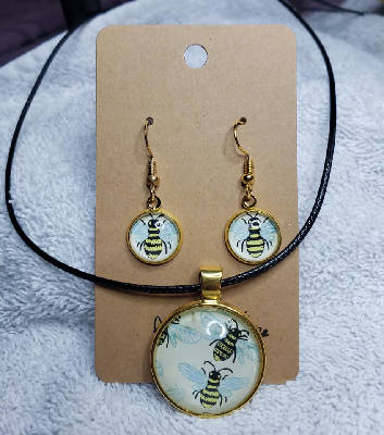 Bumblebee Earring & Necklace Set