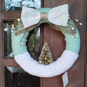 "8"" Alpine Fresh wreath"
