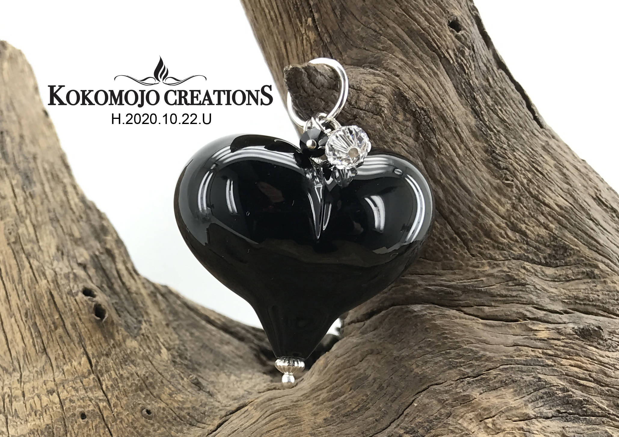 Handmade Lampwork Blown Glass and Sterling Silver Heart Pendant With Swarovski Crystals - H.2020.10.22.U