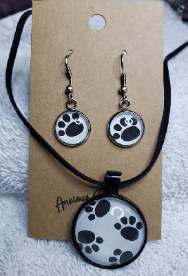 Paw Print Earring & Necklace Set