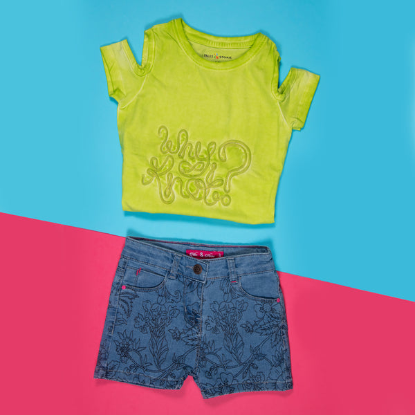 GIRLS NEON GREEN EMBROIDERED STRETCHABLE SLIM FIT T-SHIRT