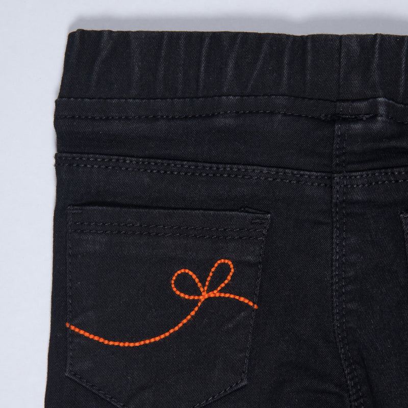 GIRLS BLACK EMBROIDERED STRETCHABLE SLIM FIT JEGGINGS
