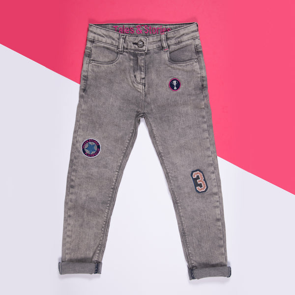 GIRLS GREY EMBROIDERED STRETCHABLE SLIM FIT JEANS